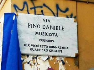 Pino Daniele ora è Ufficiale